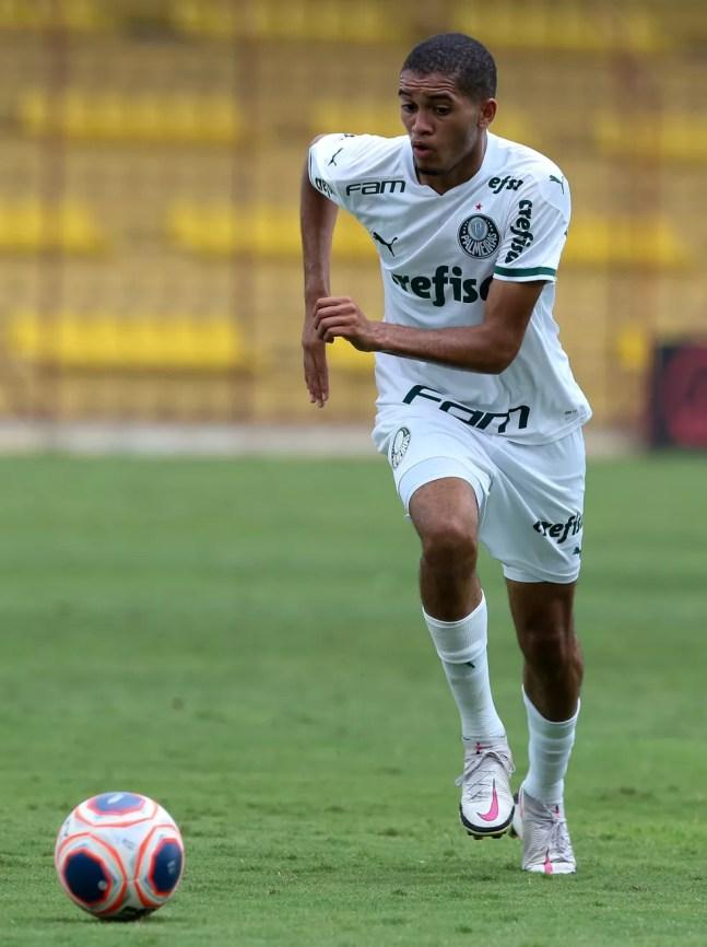 Gabriel Vareta, do Palmeiras, em ação no Campeonato Brasileiro sub-20 — Foto: Fabio Menotti/Ag. Palmeiras