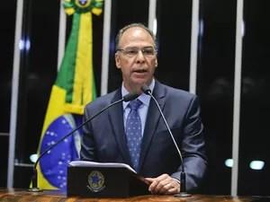 O senador Fernando Bezerra Coelho (PSB-PE) discursa na sessão da votação do processo de impeachment da presidente Dilma no Senado, em Brasília (Foto: Marcos Oliveira/Agência Senado)