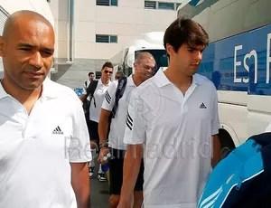 Kaká embarca para os EUA (Foto: Reprodução / Site oficial do Real Madrid)
