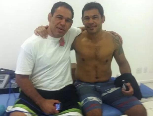 Minotauro e Minotouro na fisioterapia (Foto: Reprodução / Twitter)