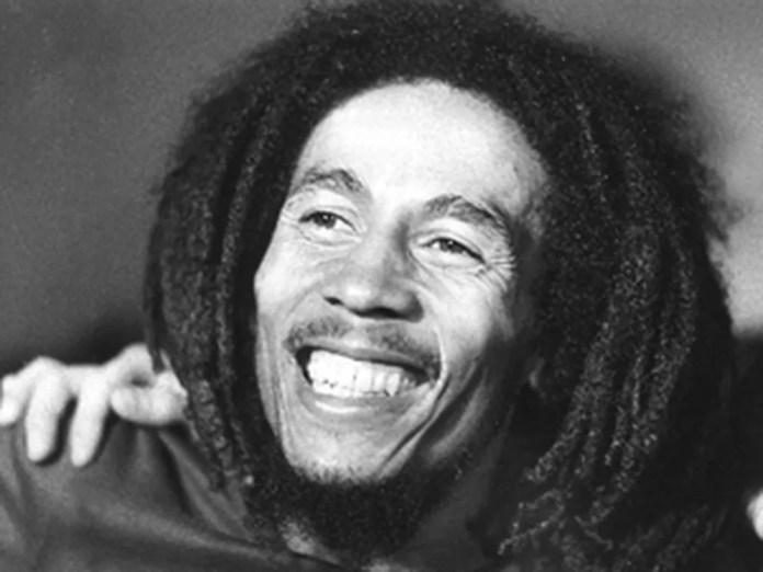 Bob Marley em imagem de 1976.  — Foto: AFP