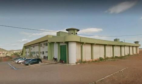 Gabriel Henrique Bezerra da Silva, 18 anos, e  Maicon de Souza Coelho, 30 anos, foram encaminhados para o presídio de Salgueiro.  — Foto: Reprodução / Google Street View