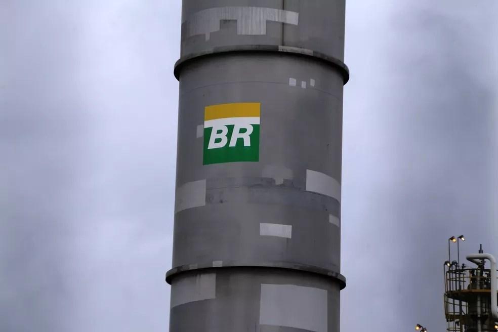Refinaria Presidente Bernardes (RPBC), da Petrobras, em Cubatão, SP — Foto: José Claudio Pimentel/G1