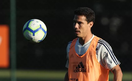 Hernanes soma três gols pelo São Paulo no ano — Foto: Rubens Chiri / saopaulofc.net