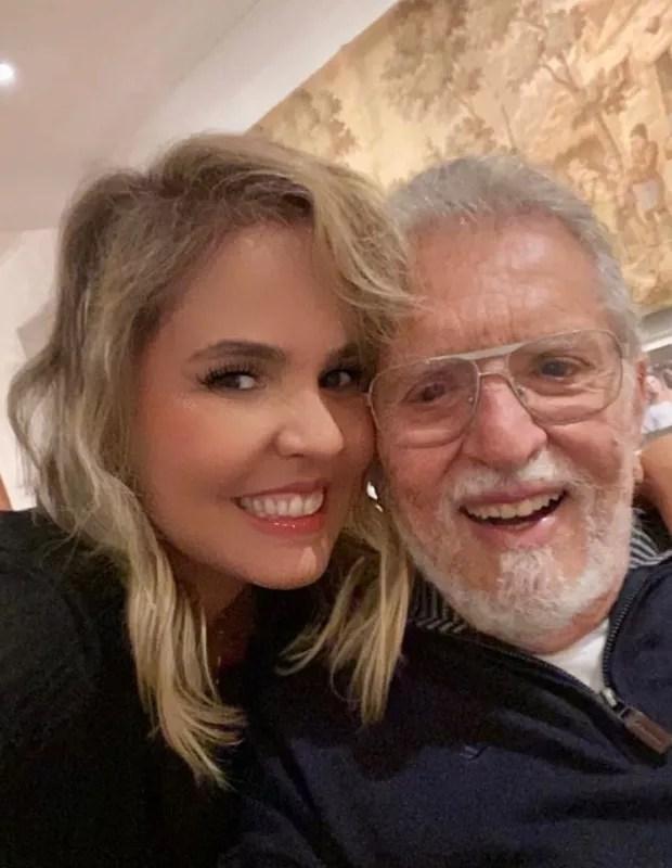 Renata e Carlos Alberto de Nóbrega (Foto: Reprodução/Instagram)