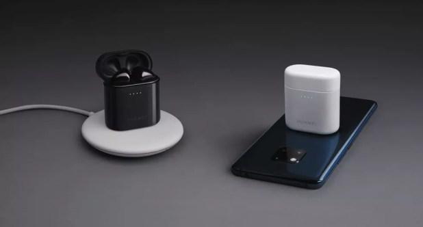 Carregamento sem fio do Huawei Mate 20 Pro — Foto: Reprodução/WinFuture
