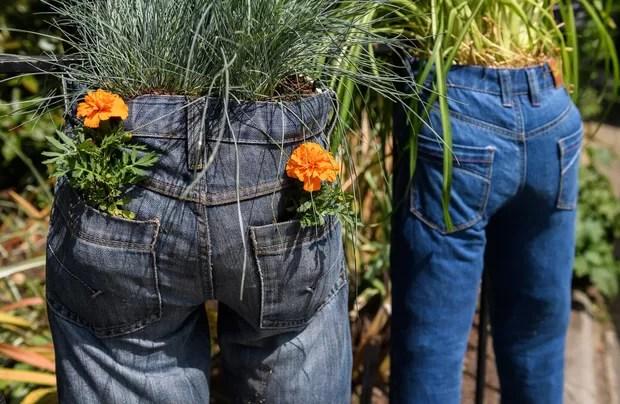 Resultado de imagem para jeans com plantas