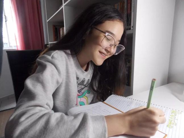 Kimi Vitorino, 11 anos, aluna da do Colégio Soka, participou do projeto 'E aí, Prefeitura', do Jornal Joca — Foto: Arquivo Pessoal
