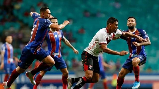 Bahia e Vitória se enfrentam na Arena Fonte Nova