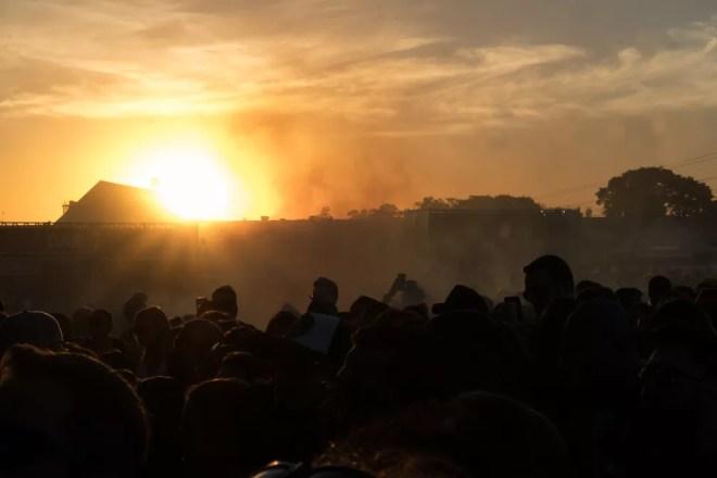 Por do sol durante o show de Zeca Baleiro no festival João Rock 2019, em Ribeirão Preto, SP — Foto: Ricardo Nasi/G1