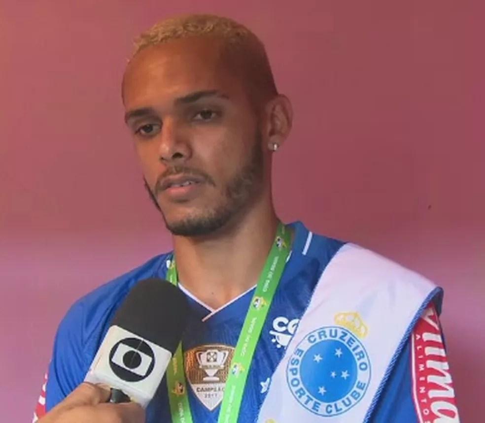 Careca está emprestado pelo Atlético-AC ao Cruzeiro até o mês de agosto deste ano (Foto: Reprodução/Rede Amazônica Acre)
