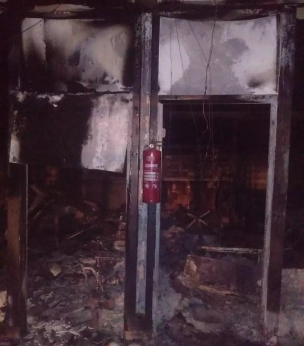 Incêndio em escola em Branquinha, Alagoas, destruiu algumas salas de aulas  — Foto: Corpo de Bombeiros/Divulgação