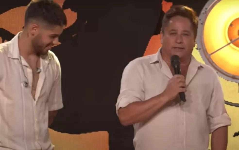 Cantor revelou durante live do filho Zé Felipe que está com dengue — Foto: Reprodução/Youtube