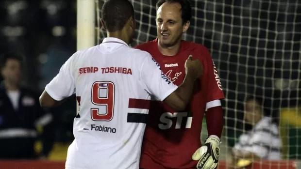 Luis Fabiano e Rogério Ceni São Paulo (Foto: Ralf Santos / Ag. Estado)