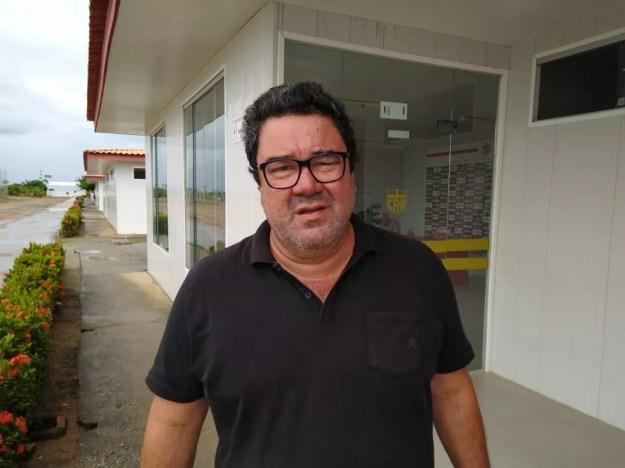 Marcos Lima Verde organiza as viagens do CRB — Foto: Denison Roma/GloboEsporte.com