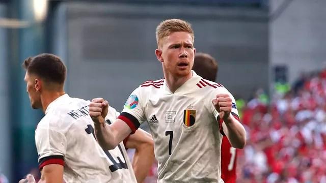 Kevin de Bruyne teve atuação decisiva para a virada da Bélgica