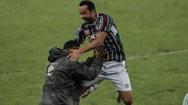 Nenê e Roger Machado, Fluminense x Santos