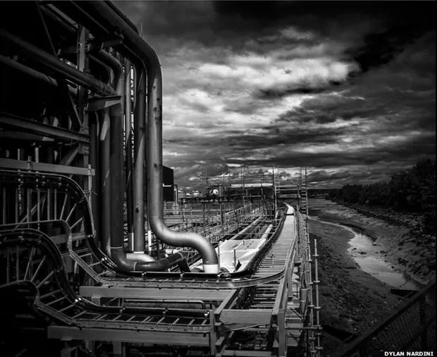 Dylan Nardini ficou em segundo lugar com esta foto, cujo título é 'To and Fro'. A ideia da competição era ressaltar a importância das obras de infraestrutura para a sociedade britânica (Foto: Dylan Nardini)
