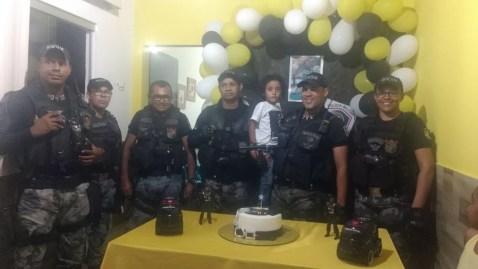 O pequeno Fábio teve convidados especiais em sua festa de aniversário (Foto: Ariane Michele Souza Maia/ Arquivo pessoal)