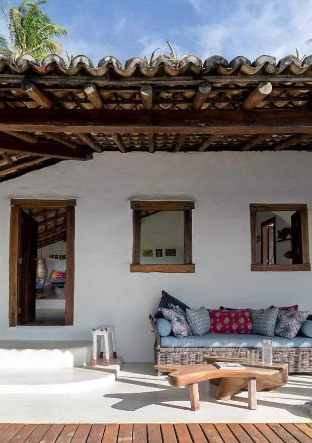 Casa rstica na Bahia com vista para o mar  Casa e Jardim