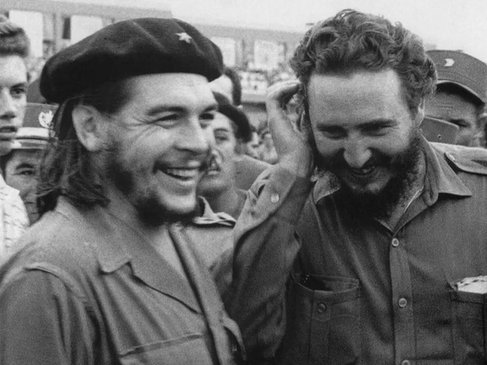 Fidel Castro e Che Guevara foram companheiros na Revolução Cubana  (Foto: Cuba's Council of State Archive/AFP)