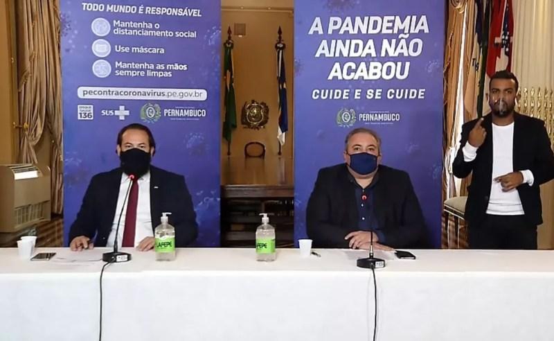 Secretários estaduais anunciaram reforço na fiscalização de aglomerações em Pernambuco — Foto: Reprodução/YouTube