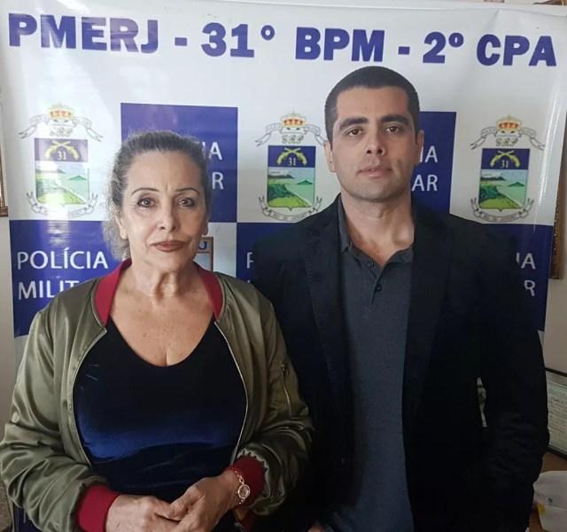 Denis Furtado, o Dr. Bumbum, e a mãe, Maria de Fátima, foram presos pela PM em julho do ano passado — Foto: Reprodução/PMERJ