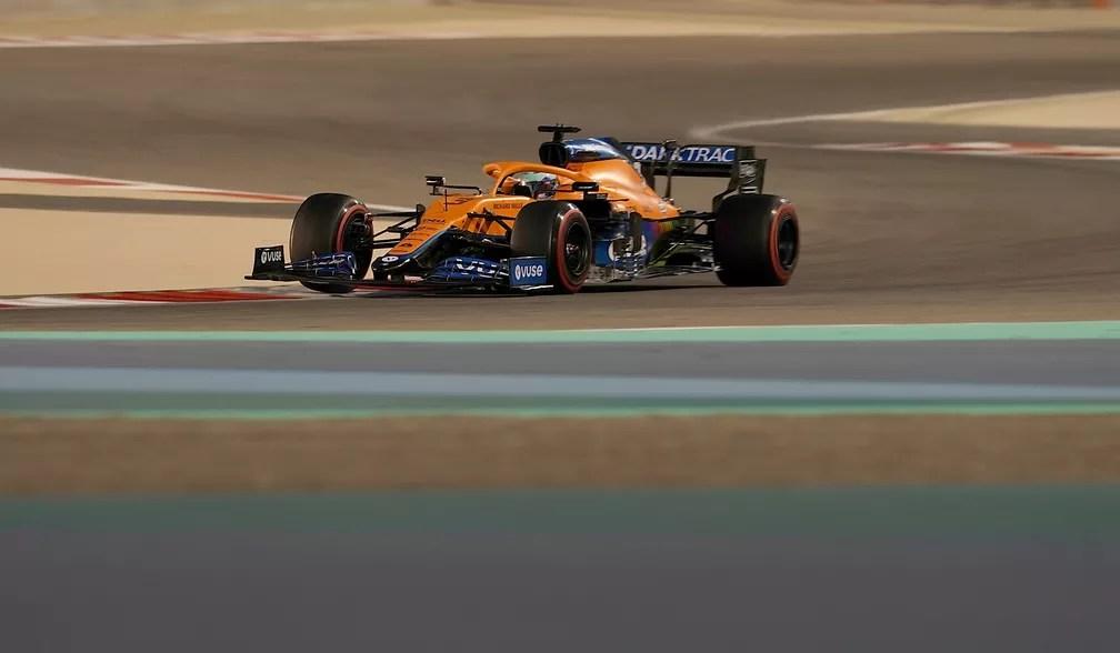 Nos testes, Daniel Ricciardo impressionou em seu primeiro contato com o carro da McLaren — Foto: Hasan Bratic/Getty Images