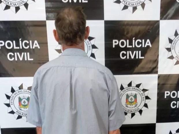 Homem foi localizado no trabalho, em Ibirubá (Foto: Polícia Civil/Divulgação)