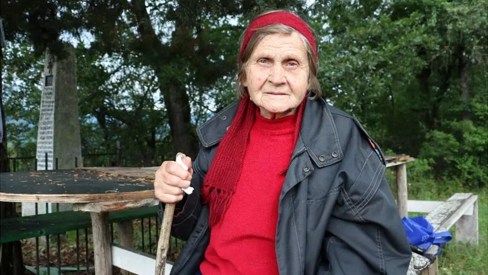 Stanka é a única moradora de sua rua e admite que se sente só (Foto: BBC)