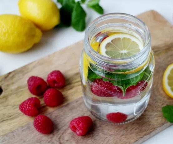 Frutas vermelhas são fonte de antioxidantes que ajudam a melhorar a pele (Foto: Thinkstock)