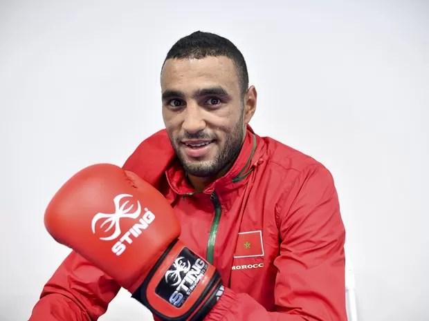 O boxeador Hassan Saada posa após treino no Riocentro, em foto de segunda-feira (1º) (Foto: Yuri Cortez/AFP)