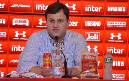 Vinícius Pinotti deixou a diretoria do São Paulo na última quarta-feira (Foto: Rubens Chiri/saopaulofc.net)