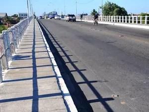 Ponte sobre o Rio do Sal (Foto: Jorge Reis/ Seinfra)