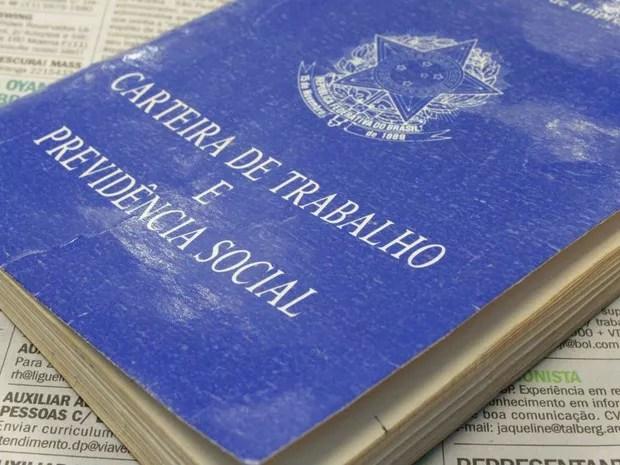 Carteira de Trabalho (Foto: Foto: Marcos Santos/ USP Imagens)