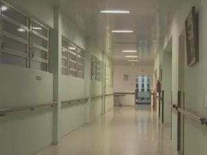 Perícia foi realizada no hospital, e polícia investiga o caso (Foto: Reprodução/RBS TV)
