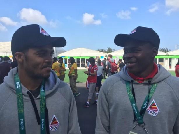 Mussa Chamaune e Joaquim Lobo, canoístas moçambicanos (Foto: Márcio Mará)