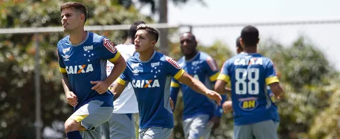 Federico Gino e Lucas Romero, Cruzeiro (Foto: Washington Alves/Light Press)