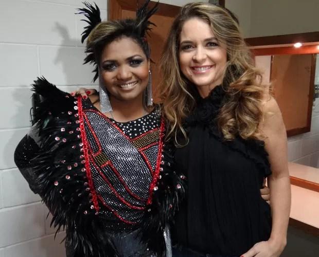 Gaby Amarantos e Cláudia Abreu no camarim do Domingão (Foto: Domingão do Faustão / TV Globo)