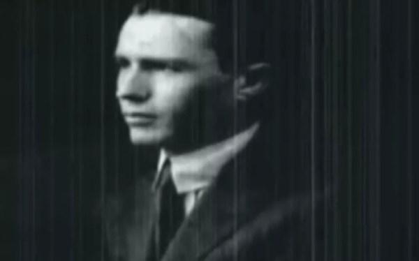 Pai de Hilda sofria de esquizofrenia e era um dos motivos das constantes visitas da escritora a Jaú (Foto: TV TEM / Reprodução )
