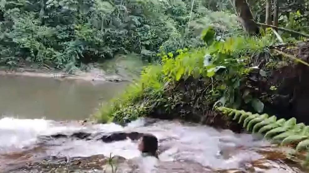 Local tem várias cachoeiras que podem ser visitadas — Foto: Reprodução/Rede Amazônica Acre