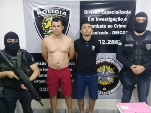 Valdenor Xavier de Sousa Júnior (Júnior dos Remédios), de 37 anos, e Ernani Fernandes Brandão Neto, de 23, foram presos em Nova Parnamirim, na Grande Natal — Foto: Polícia Civil do RN/Divulgação