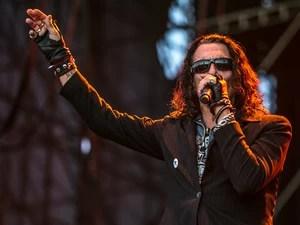 O vocalista do Ratt, Stephen Pearcy, lidera a banda que se apresenta neste domingo durante festival em São Paulo. (Foto: Raul Zito/G1)