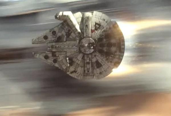 A nave Millennium Falco dos heróis Han Solo e Chewbacca da saga Star Wars (Foto: Reprodução)