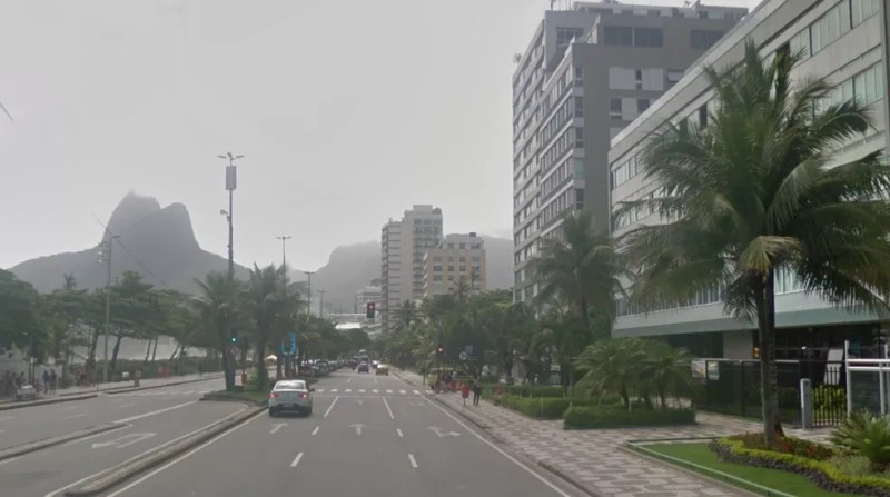 Dois turistas chilenos foram esfaqueados na Av. Vieira Souto, em Ipanema. — Foto: Reprodução/Google Maps