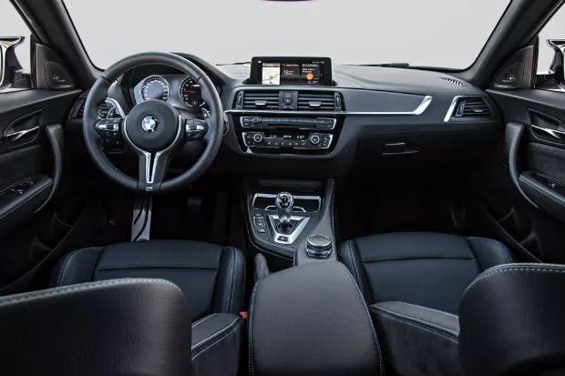 BMW M2 Competition interior (Foto: Divulgação)