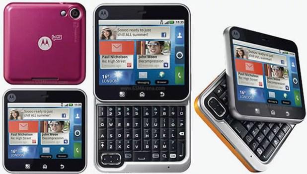 Motorola Flipout foi um smartphone lançado em 2010 (Foto: Divulgação)