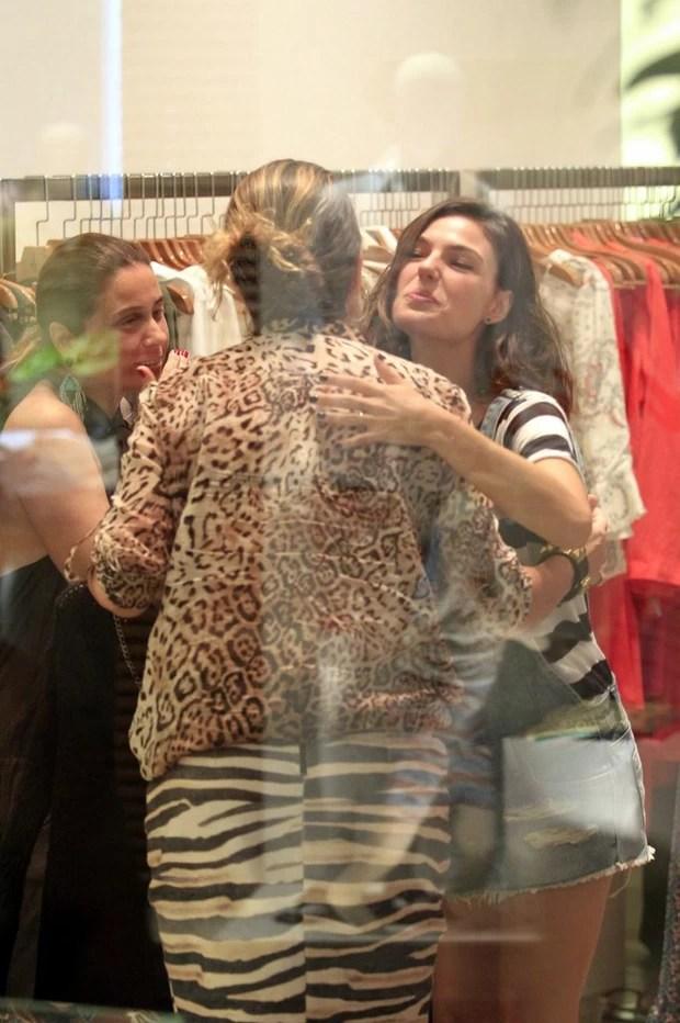 Giovanna Antonelli e Isis Valverde (Foto: Delson Silva/Agnews)