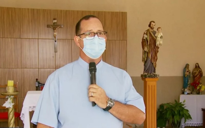Padre fala sobre possível aparição de santa em Cristina (MG) — Foto: Reprodução/EPTV
