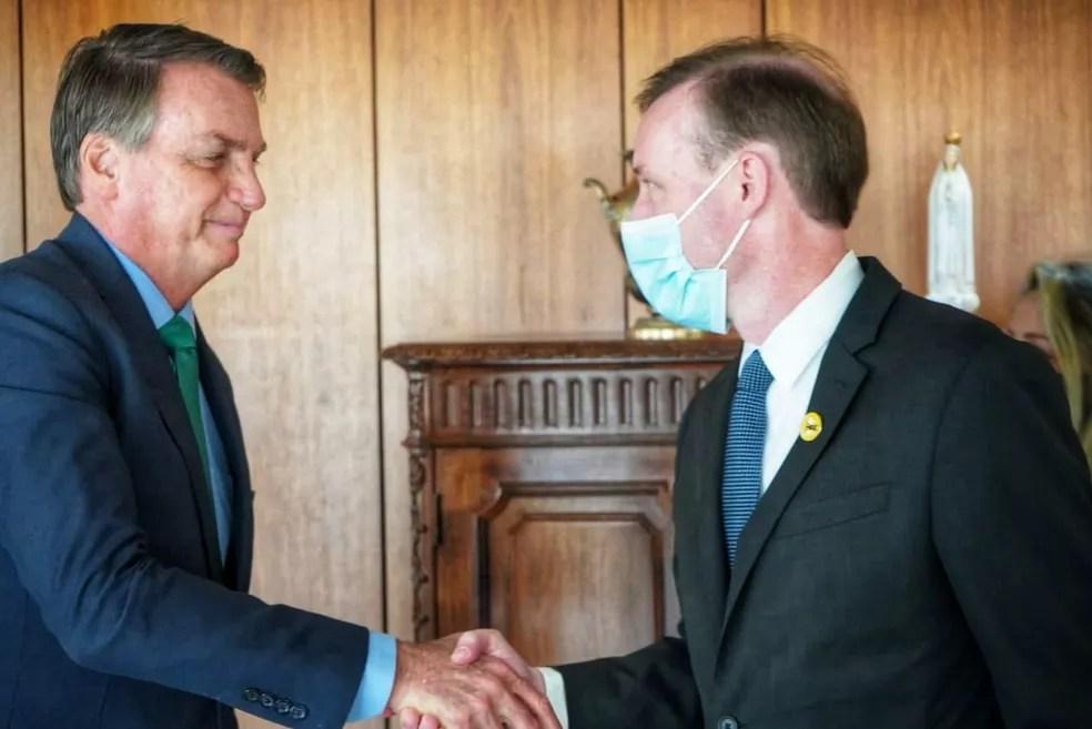 Presidente Jair Bolsonaro encontra o conselheiro de Segurança Nacional dos Estados Unidos, Jake Sullivan, nesta quinta-feira (5). — Foto: Divulgação/Embaixada dos Estados Unidos